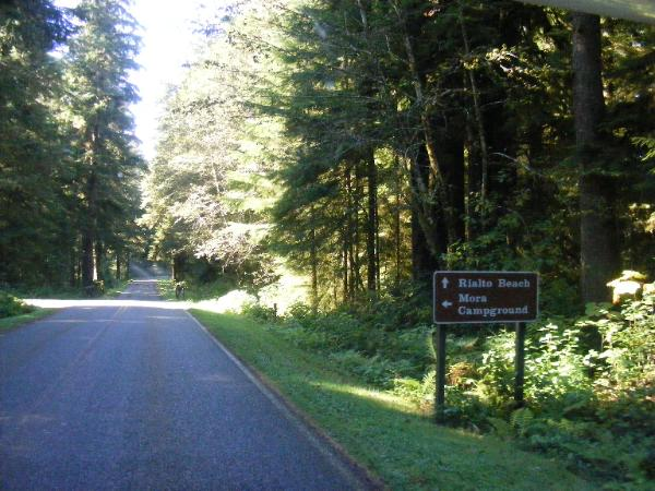 Olympic National Park Entrance - Rialto Beach - Mora Campground